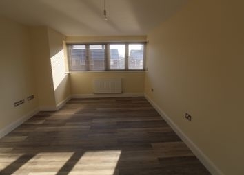Thumbnail 2 bed flat to rent in Roe Green Lane, Hatfield