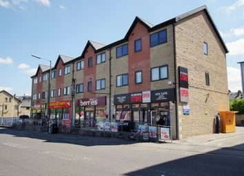 3 bed flat to rent in Great Horton Road, Bradford BD7