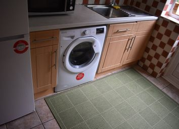 Thumbnail 1 bed flat to rent in Carrington Road, High Wycombe