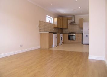 Thumbnail 1 bed flat to rent in Green Lanes, Haringey