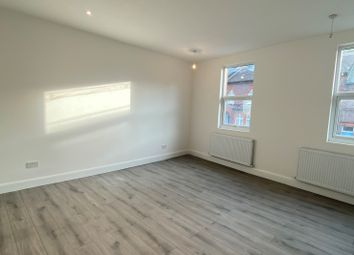 6 bed end terrace house to rent in Stockwood Crescent, Luton LU1