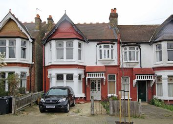 Thumbnail 3 bed flat to rent in Braxted Park, London