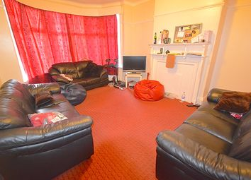 Thumbnail 9 bed terraced house to rent in St. Michael's Villa, Headingley
