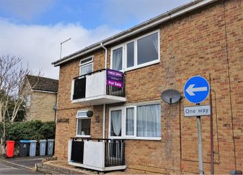 Thumbnail 2 bed flat for sale in Swan Street, Witney