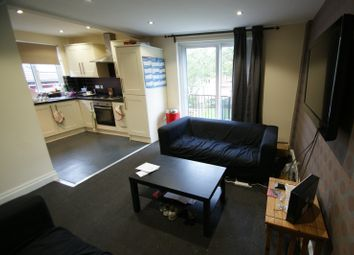 Thumbnail 6 bed terraced house to rent in Richmond Avenue, Headingley, Leeds