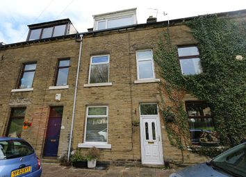 Thumbnail 3 bed town house for sale in Townhill Street, Bingley, West Yorkshire