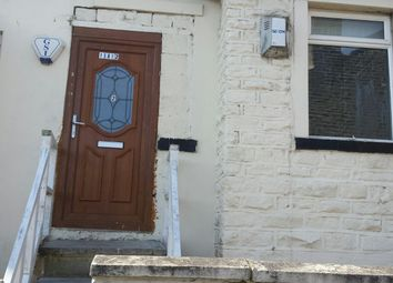 2 bed flat to rent in Victoria Road, Keighley, West Yorkshire BD21