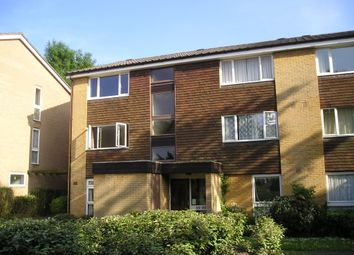 Thumbnail 1 bed flat to rent in Greenacres, Croydon