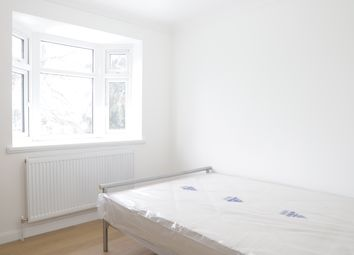 Thumbnail Studio to rent in Bath Road, Hounslow