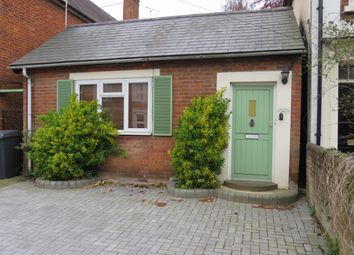 Thumbnail 2 bed bungalow to rent in Winchester Road, Romsey