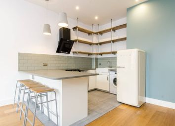 Thumbnail 2 bed flat to rent in Hoxton Street, Hoxton
