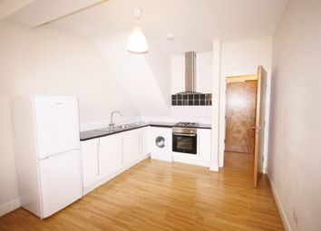 Thumbnail 1 bed flat to rent in London, Norbury