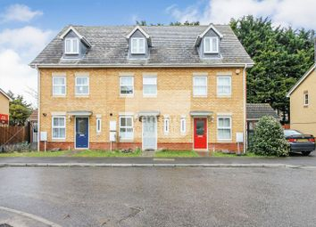 Thumbnail 3 bed town house for sale in Morgan Close, Leagrave, Luton
