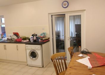 Thumbnail 4 bed detached house to rent in Beeston Road, Dunkirk, Nottingham