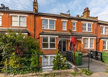 Thumbnail Flat for sale in Auckland Hill, London