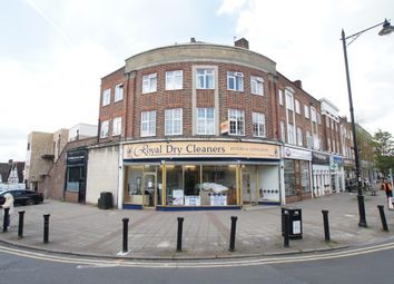 Thumbnail 2 bed flat to rent in Stoneleigh, London