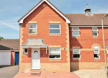 Thumbnail 3 bed property to rent in Derwent Avenue, Didcot