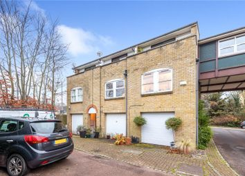 Thumbnail 1 bed terraced house for sale in Farnborough Crescent, Hayes