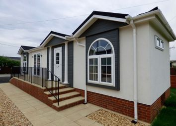 Thumbnail 2 bed mobile/park home for sale in Spinney Lane, Cranbourne Hall, Winkfield, Windsor