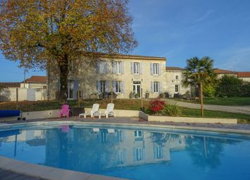 Thumbnail 5 bed property for sale in Allas-Champagne, Charente-Maritime, France