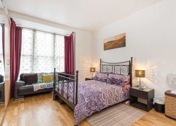 Thumbnail 2 bed flat for sale in Hermitage Road, Haringey