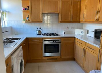 3 bed maisonette for sale in Avenue Road, Harold Wood, Romford, Essex RM3