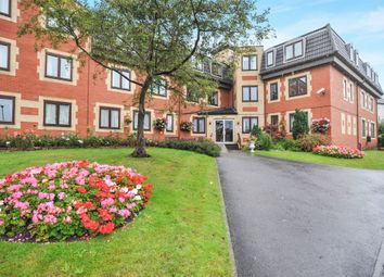 Thumbnail 2 bed flat for sale in Regent Crescent, Horsforth, Leeds