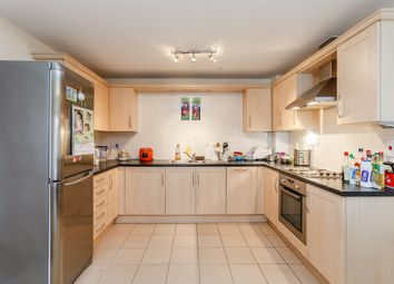 Thumbnail 2 bed flat to rent in Gordon Woodward Way, Boars Hill, Oxford, Oxfordshire