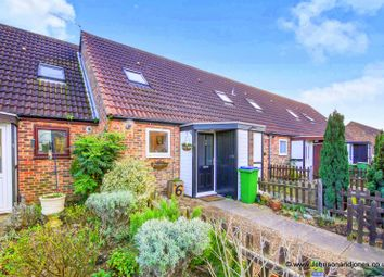 Thumbnail 1 bed terraced house for sale in Grotto Road, Weybridge