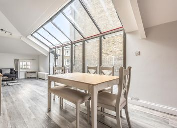 2 bed maisonette to rent in Westbourne Grove, London W2