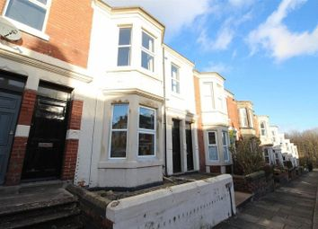 Thumbnail 2 bedroom flat to rent in Grosvenor Gardens, Newcastle Upon Tyne
