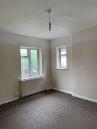 2 bed flat to rent in Kenton Lane, Harrow HA3