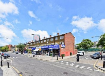 Thumbnail 4 bed maisonette for sale in Salmon Lane, London