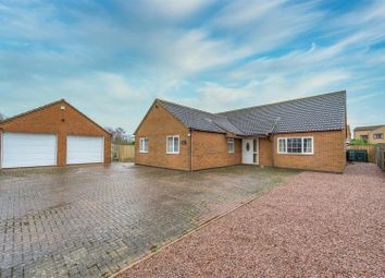 4 bed bungalow for sale in Bourne Road, Corby Glen, Grantham NG33
