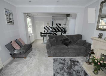 Thumbnail 2 bed flat for sale in Lucan Road, Barnet, Herts