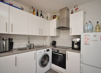 Thumbnail 2 bed flat to rent in Colin Road, Caterham