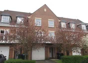 4 bed terraced house to rent in Gillquart Way, Coventry CV1
