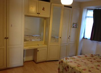 Thumbnail 1 bed flat to rent in Bedwell Gardens, Hayes
