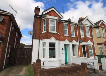 Clarendon Road, Southampton SO16. 2 bed end terrace house