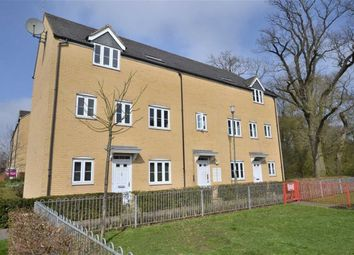 Thumbnail 1 bedroom flat for sale in Snowdonia Way, Stevenage, Herts