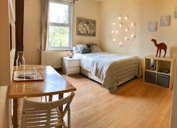 Thumbnail Room to rent in Blenheim Gardens, Willesden Green