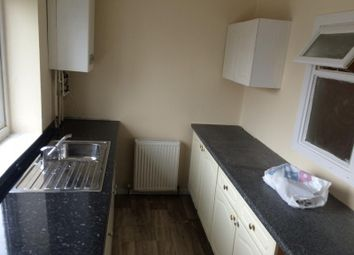Thumbnail 1 bed flat to rent in Glenthorpe Crescent, Leeds