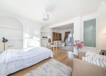 1 bed property to rent in Johnston Terrace, Cricklewood, London NW2