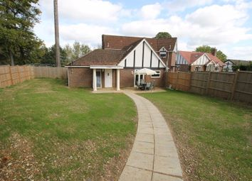 3 bed property for sale in Moorhill Road, West End, Southampton SO30