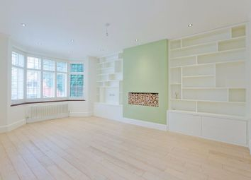 Platts Lane, London NW3. 3 bed flat for sale