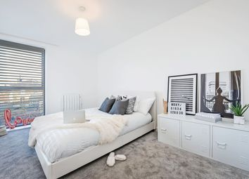 2 bed flat to rent in Wrens Cross, Maidstone, Kent. ME15