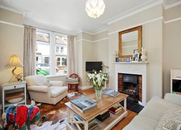 Thumbnail 1 bed flat to rent in Geraldine Road, Chiswick