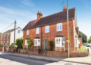 Thumbnail 2 bed cottage for sale in Grove Street, Wantage