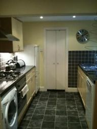 Thumbnail 1 bed flat to rent in Basement, Chesson Road, West Kensington, London