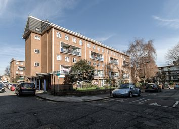 Thumbnail 3 bed flat to rent in Walworth Place, London